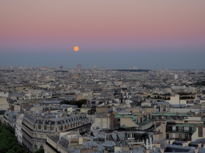 A full moon over paris.