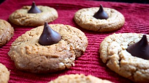 Flourless Peanut Butter Bloosoms //Recipes // List Maker Picture Taker