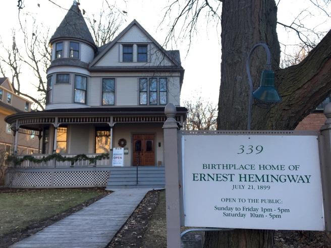 Hemingway House in Oak Park IL // List Maker Picture Taker