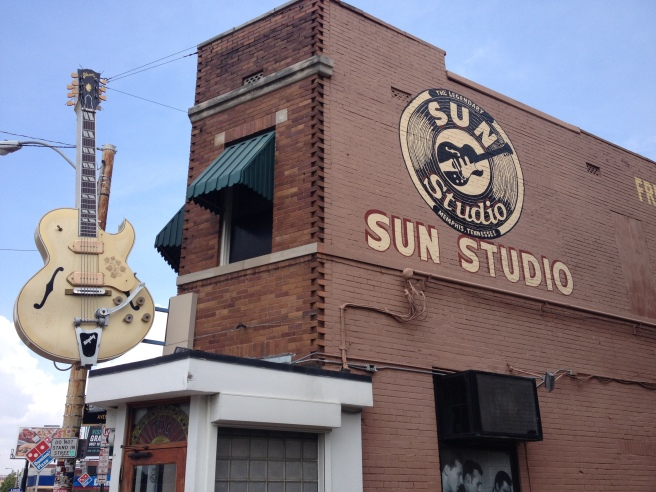 Sun Studios in Memphis//List Maker Picture Taker